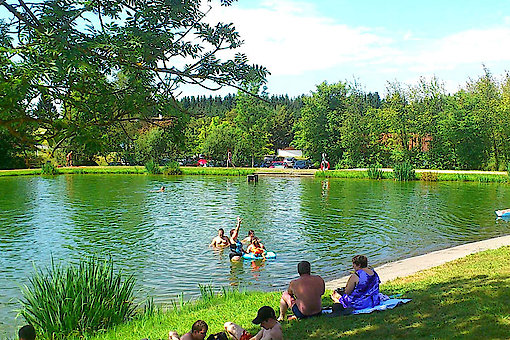 Naturbadesee in Jandelsbrunn Bayern
